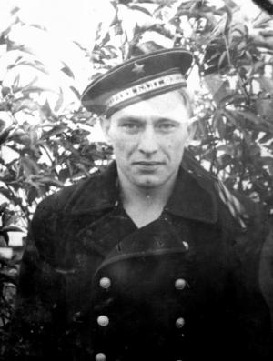 Бате, матросу Балтфлота, 1951 призыва.