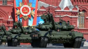 По Москве грохочут танки
